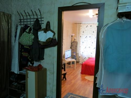 Комната в 4-комнатной квартире (97м2) на продажу по адресу Энгельса пр., 63— фото 7 из 12