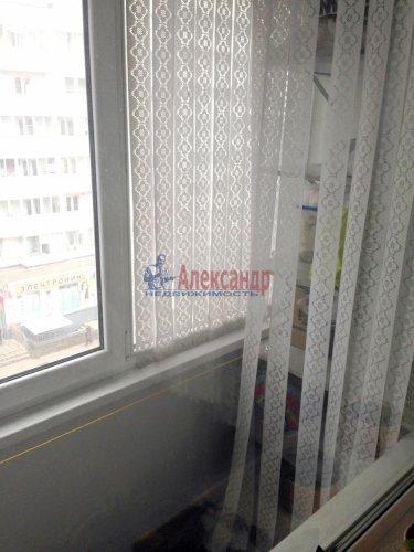 2-комнатная квартира (59м2) на продажу по адресу Шушары пос., Первомайская ул., 17— фото 9 из 11