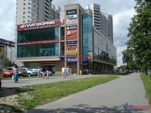 1-комнатная квартира (42м2) на продажу по адресу Науки пр., 17— фото 2 из 2