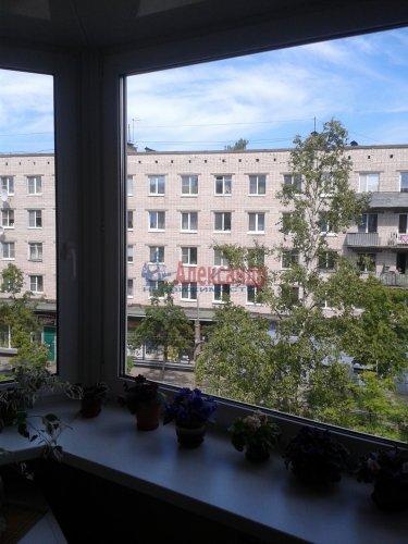 2-комнатная квартира (48м2) на продажу по адресу Ломоносов г., Александровская ул., 23— фото 7 из 10