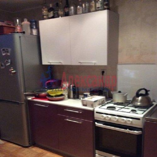 1-комнатная квартира (37м2) на продажу по адресу Свердлова пгт., Западный пр-д., 3— фото 5 из 12