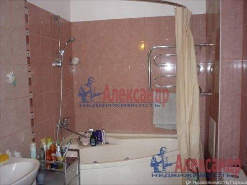 3-комнатная квартира (99м2) на продажу по адресу Коммунар г., Западная ул., 1— фото 8 из 8
