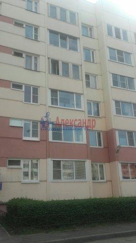 2-комнатная квартира (60м2) на продажу по адресу Петергоф г., Собственный пр., 34— фото 1 из 16