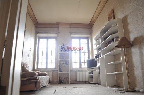 3-комнатная квартира (96м2) на продажу по адресу Канала Грибоедова наб., 27— фото 1 из 11