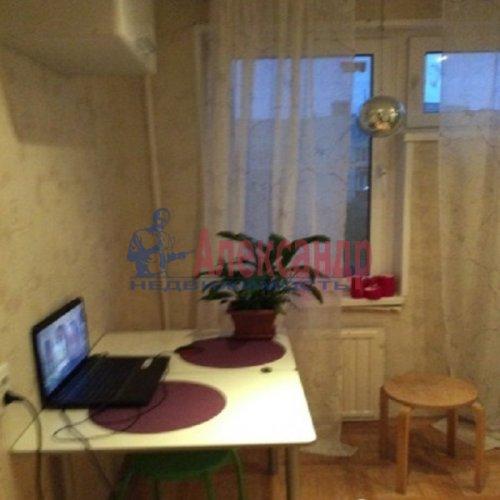 1-комнатная квартира (37м2) на продажу по адресу Свердлова пгт., Западный пр-д., 3— фото 6 из 12