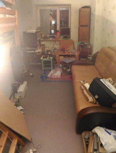 1-комнатная квартира (32м2) на продажу по адресу Мурино пос., Оборонная ул., 2— фото 9 из 12