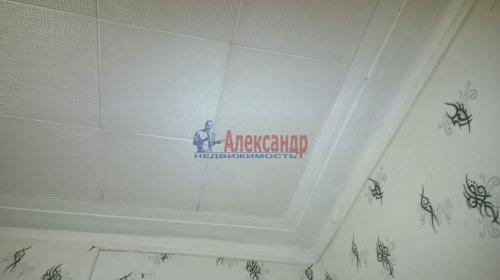 Комната в 5-комнатной квартире (142м2) на продажу по адресу Невский пр., 95— фото 4 из 16