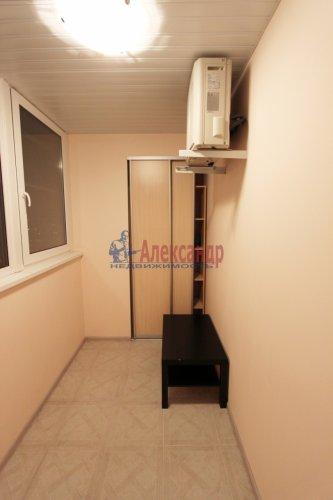 2-комнатная квартира (64м2) на продажу по адресу Белы Куна ул., 1— фото 8 из 16