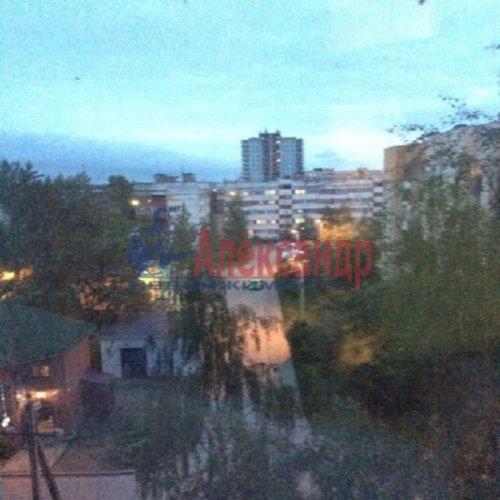 1-комнатная квартира (37м2) на продажу по адресу Свердлова пгт., Западный пр-д., 3— фото 7 из 12
