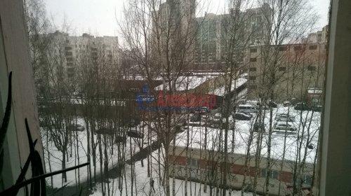 2-комнатная квартира (50м2) на продажу по адресу Художников пр., 9— фото 3 из 9