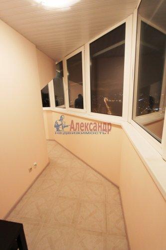 2-комнатная квартира (64м2) на продажу по адресу Белы Куна ул., 1— фото 9 из 16