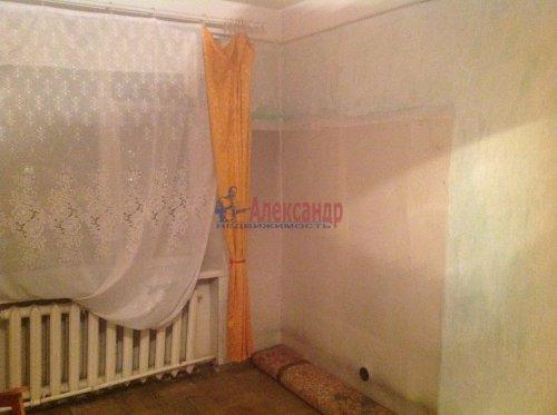 2-комнатная квартира (45м2) на продажу по адресу Новоизмайловский пр., 13— фото 4 из 9