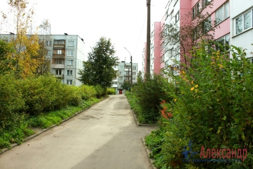 3-комнатная квартира (63м2) на продажу по адресу Гарболово дер., 267— фото 1 из 7