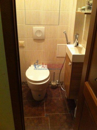 2-комнатная квартира (50м2) на продажу по адресу Блохина ул., 20— фото 12 из 12