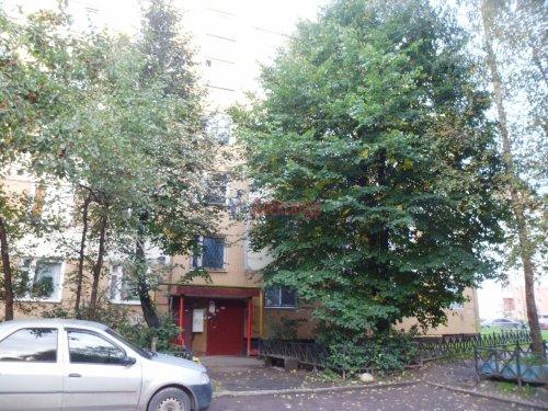Комната в 3-комнатной квартире (62м2) на продажу по адресу Старая дер., Верхняя ул., 12— фото 3 из 18