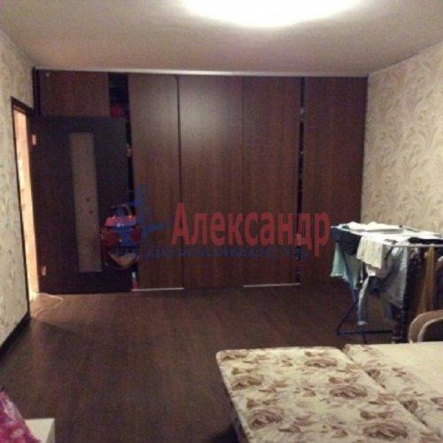 1-комнатная квартира (37м2) на продажу по адресу Свердлова пгт., Западный пр-д., 3— фото 8 из 12