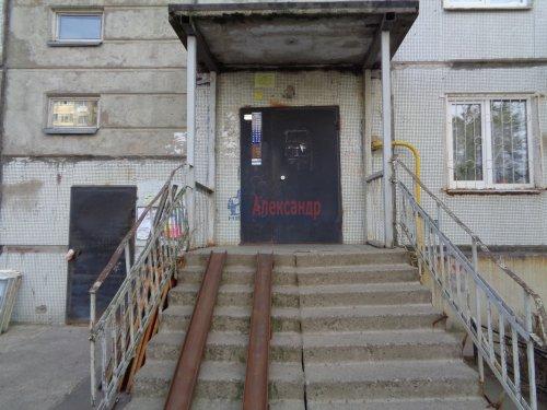 3-комнатная квартира (72м2) на продажу по адресу Сертолово г., Центральная ул., 10— фото 2 из 14