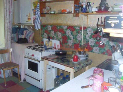 Комната в 4-комнатной квартире (82м2) на продажу по адресу Карпинского ул., 34— фото 4 из 6