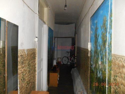 Комната в 5-комнатной квартире (198м2) на продажу по адресу Курская ул., 13— фото 9 из 13