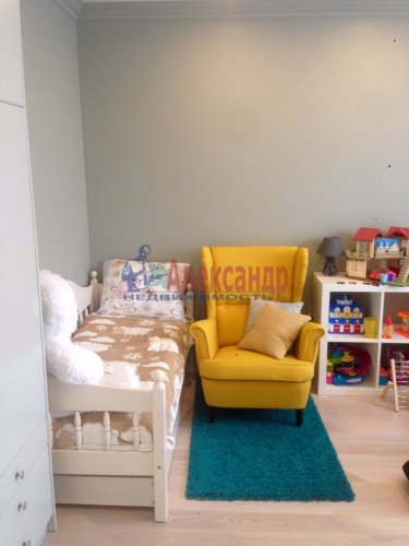 3-комнатная квартира (70м2) на продажу по адресу Адмирала Черокова ул., 18— фото 14 из 31