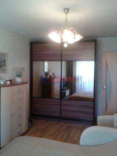 2-комнатная квартира (48м2) на продажу по адресу Ломоносов г., Александровская ул., 23— фото 1 из 10