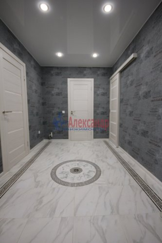 2-комнатная квартира (61м2) на продажу по адресу Мурино пос., Новая ул., 7— фото 1 из 15