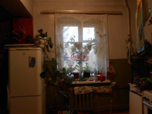Комната в 3-комнатной квартире (81м2) на продажу по адресу Волхов г., Советская ул., 5— фото 3 из 3