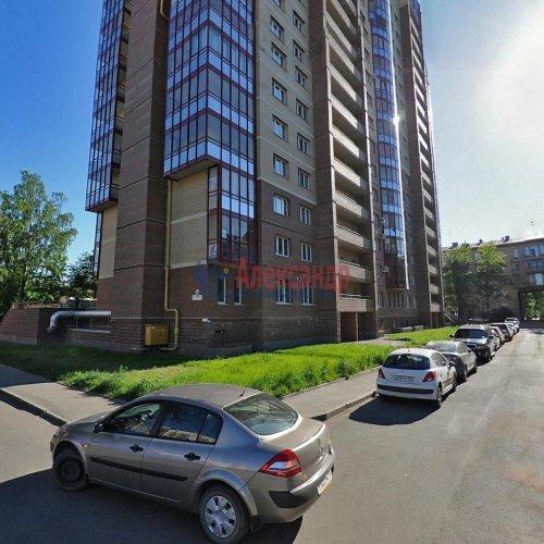 3-комнатная квартира (104м2) на продажу по адресу Ярославский пр., 14— фото 2 из 2