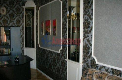 4-комнатная квартира (143м2) на продажу по адресу Большой пр., 63— фото 3 из 27