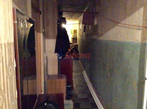Комната в 5-комнатной квартире (100м2) на продажу по адресу Комсомола ул., 17— фото 9 из 16