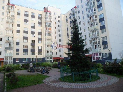 Комната в 3-комнатной квартире (62м2) на продажу по адресу Старая дер., Верхняя ул., 12— фото 16 из 18