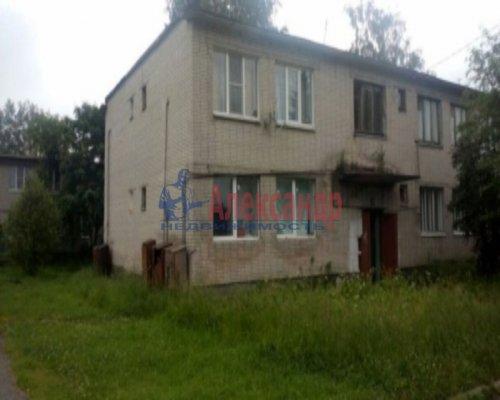 1-комнатная квартира (30м2) на продажу по адресу Ладожский Трудпоселок дер., 5— фото 2 из 7