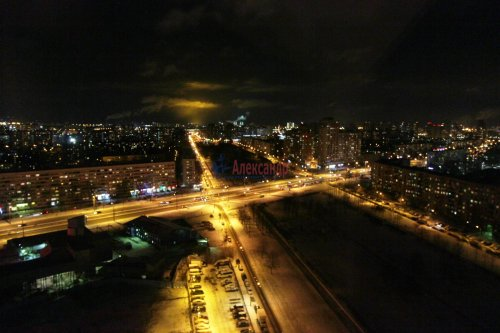 2-комнатная квартира (64м2) на продажу по адресу Белы Куна ул., 1— фото 15 из 16