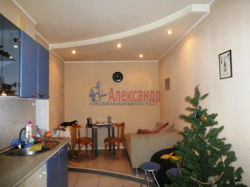 3-комнатная квартира (84м2) на продажу по адресу Старо-Петергофский пр., 10— фото 2 из 14