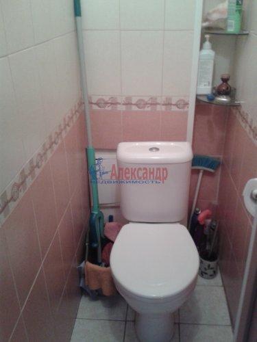 2-комнатная квартира (48м2) на продажу по адресу Ломоносов г., Александровская ул., 23— фото 10 из 10