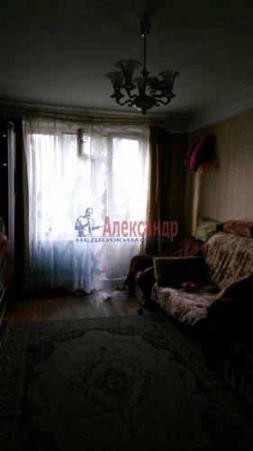 3-комнатная квартира (58м2) на продажу по адресу Добровольцев ул., 48— фото 2 из 9