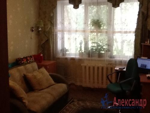 4-комнатная квартира (74м2) на продажу по адресу Коммунар г., Садовая ул., 6— фото 7 из 12