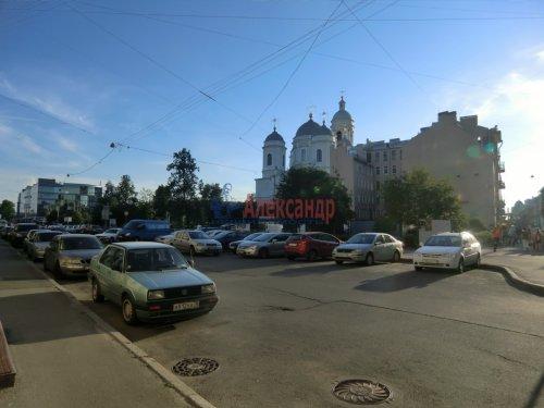 2-комнатная квартира (50м2) на продажу по адресу Блохина ул., 20— фото 2 из 12
