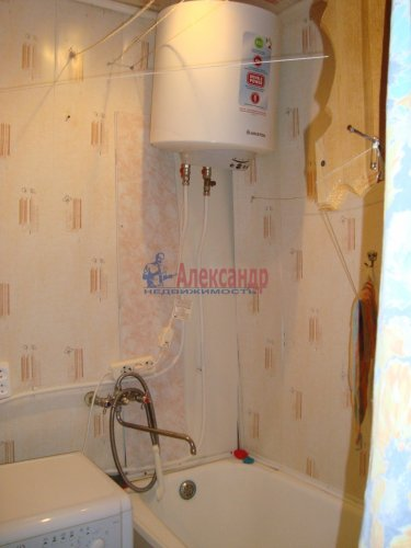 1-комнатная квартира (31м2) на продажу по адресу Мшинская пос., 1— фото 8 из 13