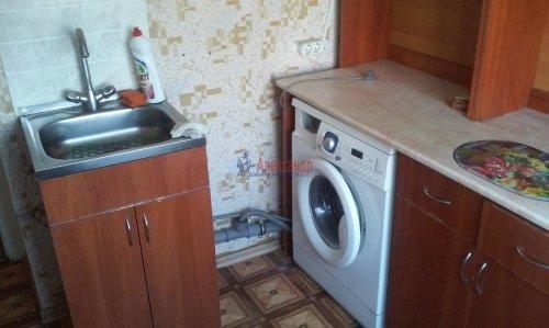 2 комнаты в 4-комнатной квартире (73м2) на продажу по адресу Горелово пос., Школьная ул., 43— фото 4 из 8