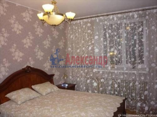 3-комнатная квартира (99м2) на продажу по адресу Коммунар г., Западная ул., 1— фото 3 из 8