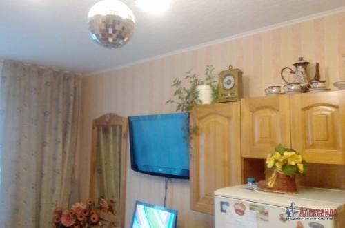 Комната в 3-комнатной квартире (84м2) на продажу по адресу Сестрорецк г., Приморское шос., 283— фото 4 из 11