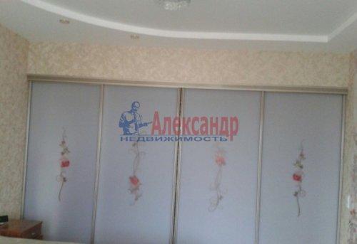 3-комнатная квартира (108м2) на продажу по адресу Луначарского пр., 11— фото 8 из 14