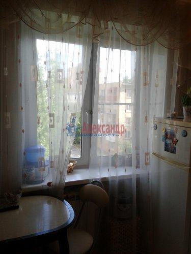 2-комнатная квартира (48м2) на продажу по адресу Ломоносов г., Александровская ул., 23— фото 5 из 10