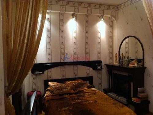 1-комнатная квартира (42м2) на продажу по адресу Замшина ул., 31— фото 1 из 13