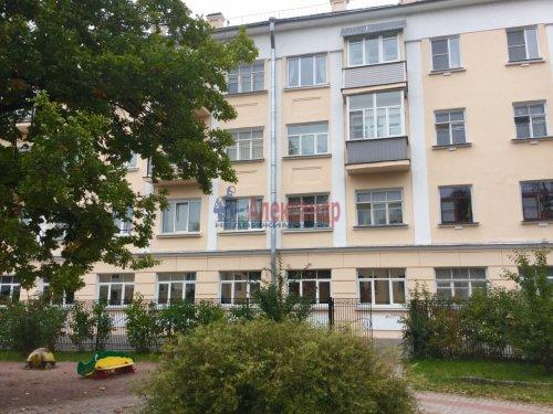 3-комнатная квартира (63м2) на продажу по адресу Колпино г., Карла Маркса ул., 10— фото 3 из 24