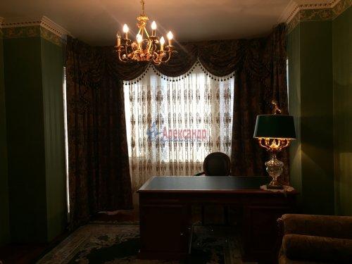3-комнатная квартира (139м2) на продажу по адресу Воскресенская наб., 4— фото 10 из 11