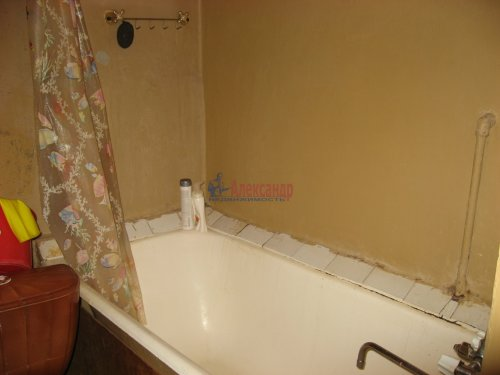 Комната в 3-комнатной квартире (71м2) на продажу по адресу Моисеенко ул., 8-10— фото 4 из 11