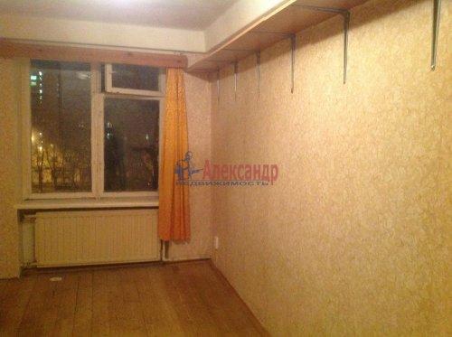 2-комнатная квартира (45м2) на продажу по адресу Новоизмайловский пр., 13— фото 5 из 9