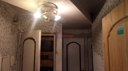 2-комнатная квартира (43м2) на продажу по адресу Пискаревский пр., 145— фото 10 из 11